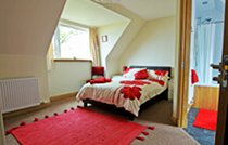 Red Skye bed and breakfast accommodation, double room with ensuite